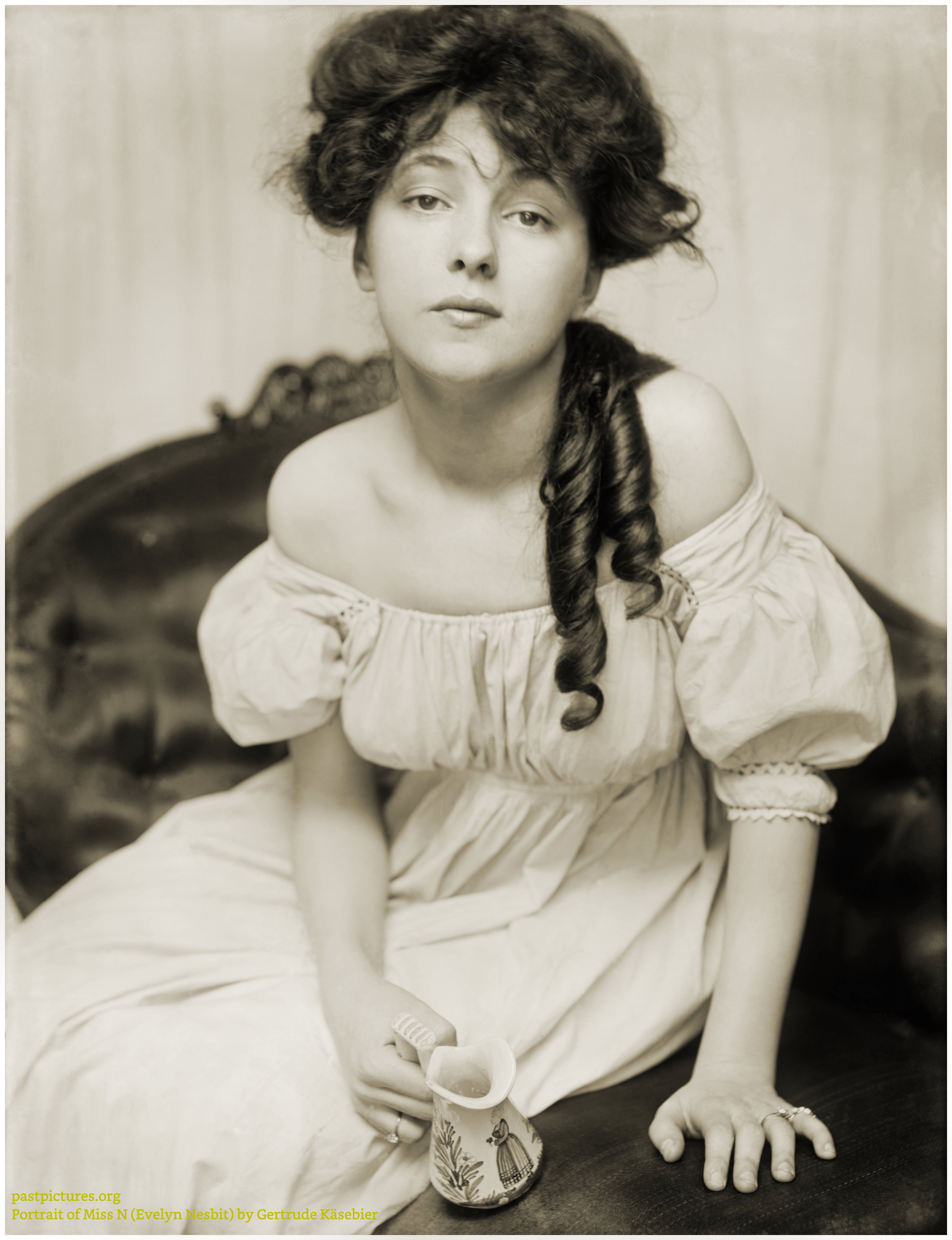 Portrait of Miss N (Evelyn Nesbit) by Gertrude Käsebier 1902