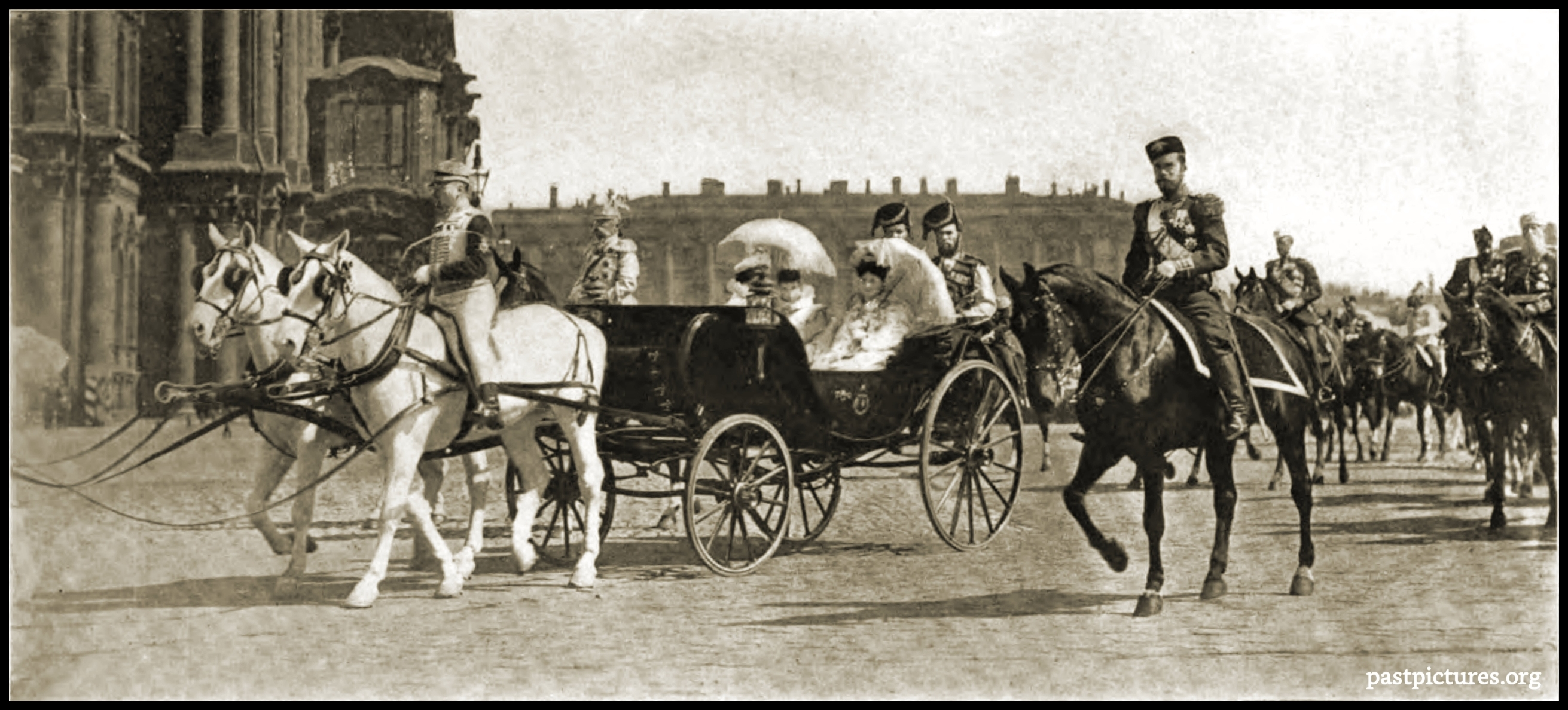 The Czar and Czarina in St. Petersburg (Russia) about 1905
