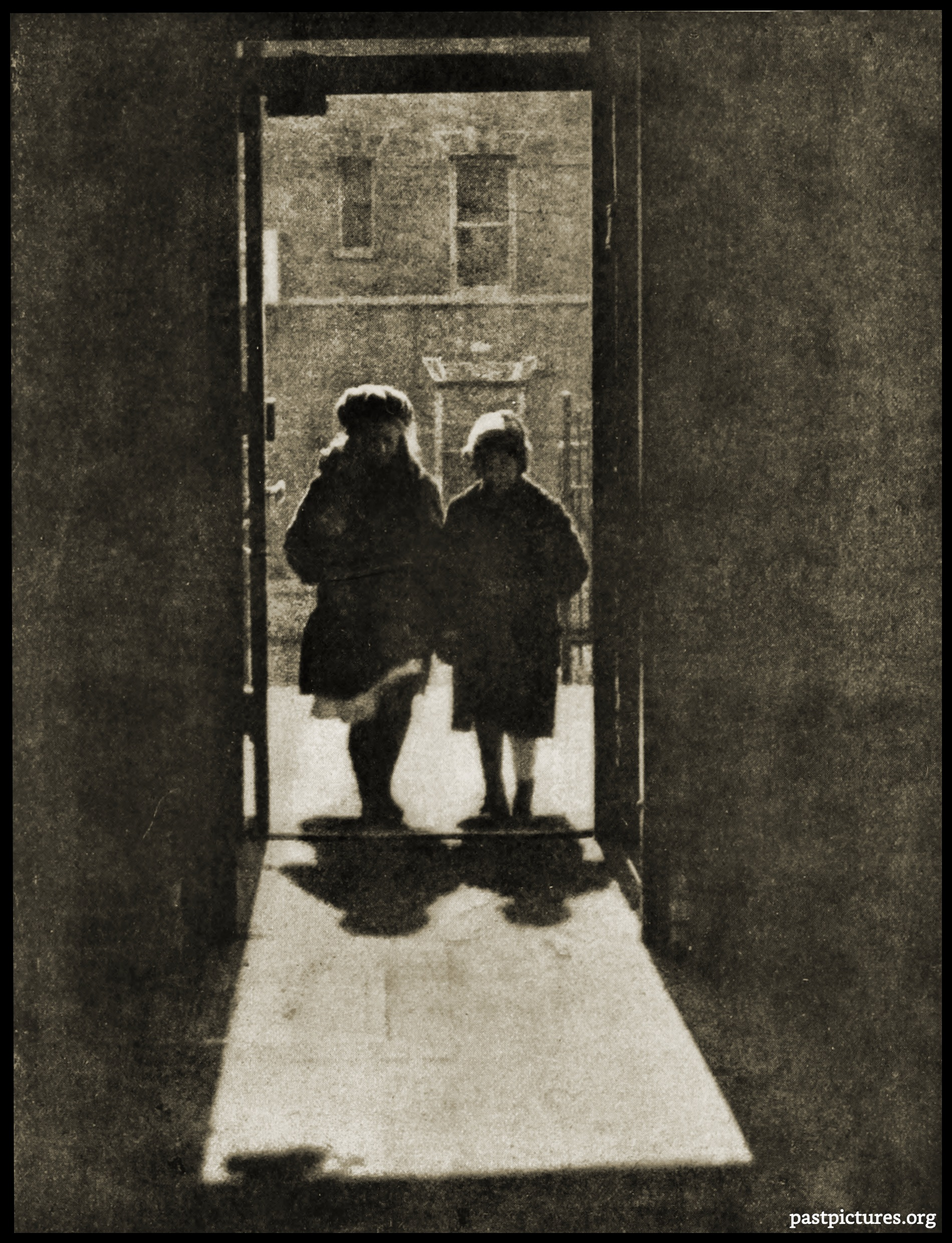 Coming to School by Vernon Everett Duroc about 1920